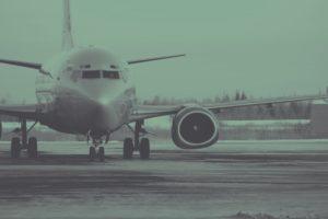Avión a punto de despegar