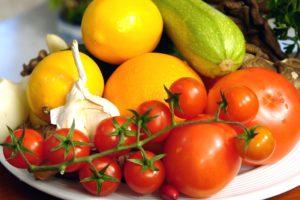 frutas en un plato